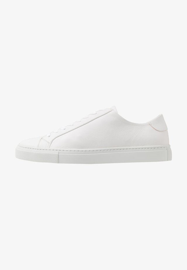 EXCLUSIVE MORGAN  - Sneakers - white