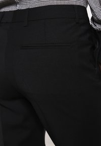 Filippa K - LUISA - Bukse - black - 4