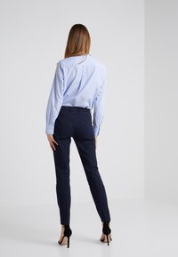 Filippa K - SOPHIA STRETCH TROUSERS - Broek - navy - 2