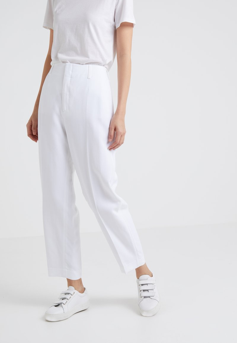 Filippa K - KARLIE TROUSERS - Bukse - white