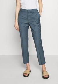 Filippa K - EMMA CROPPED COOL TROUSER - Trousers - blue grey - 0