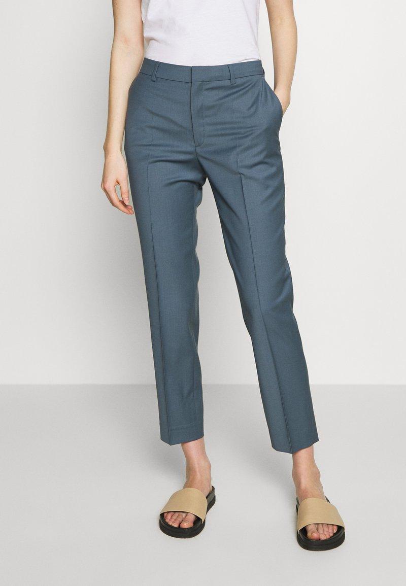 Filippa K - EMMA CROPPED COOL TROUSER - Trousers - blue grey