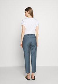 Filippa K - EMMA CROPPED COOL TROUSER - Trousers - blue grey - 2