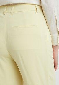 Filippa K - HUTTON CREPE TROUSER - Pantalon classique - wax - 3