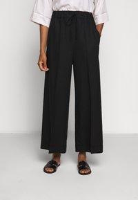 Filippa K - ARIA TROUSER - Pantalones - black - 0