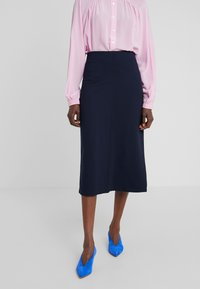 Filippa K - EVA PULL ON SKIRT - Pencil skirt - navy - 0