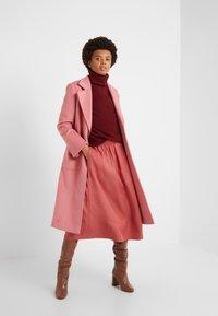 Filippa K - JULIET SKIRT - Spódnica trapezowa - pink cedar - 1