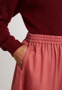 Filippa K - JULIET SKIRT - Spódnica trapezowa - pink cedar - 4