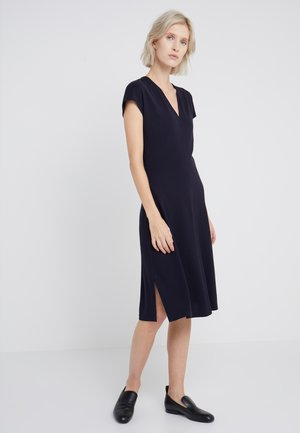 CLEAN CUT CAP SLEEVE DRESS - Robe en jersey - navy