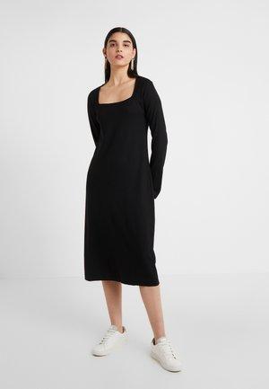 AMAYA DRESS - Vestito di maglina - black