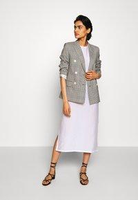 Filippa K - ABBY DRESS - Kjole - coconut - 1