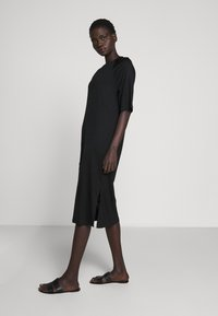 Filippa K - MIRA DRESS - Jerseykjole - black - 4