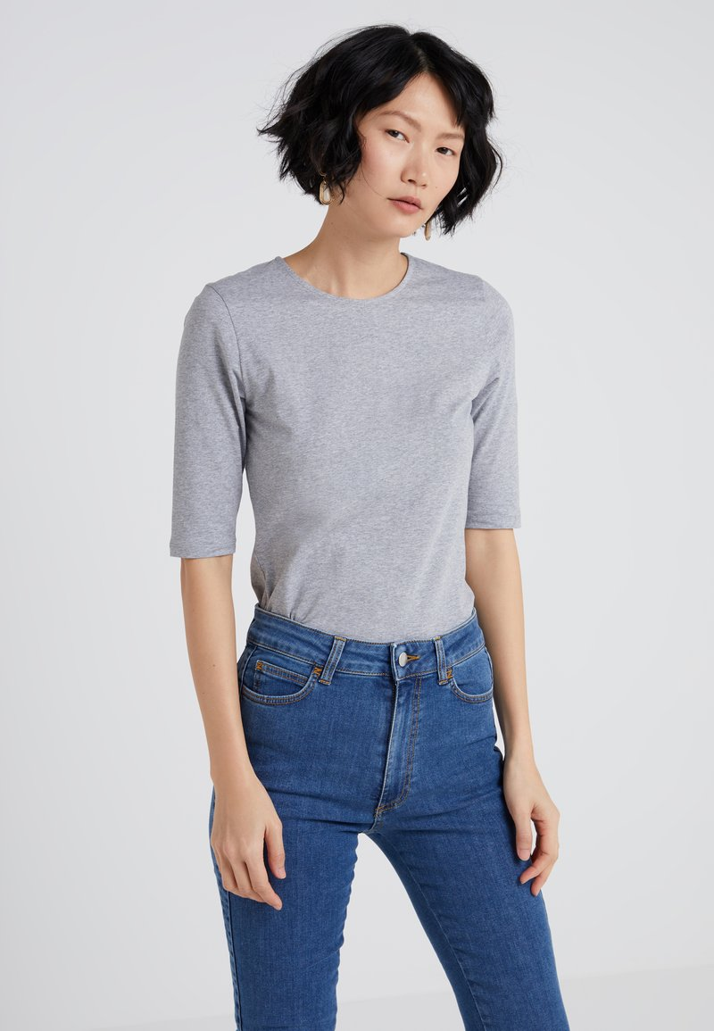 Filippa K - STRETCH ELBOW SLEEVE - T-shirts - grey melange
