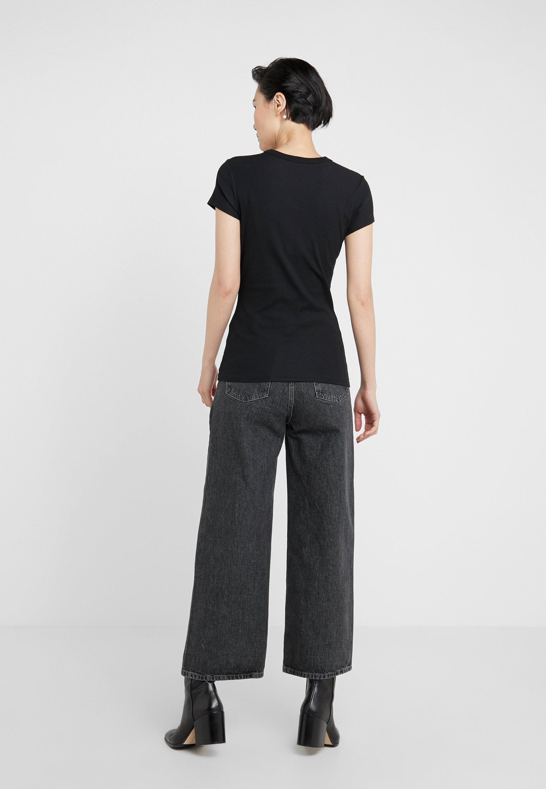 Filippa K T-shirts - black