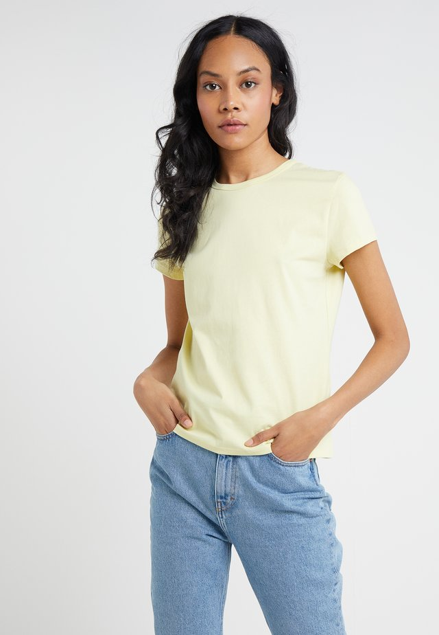 FLARED CAP SLEEVE - T-shirt - bas - wax