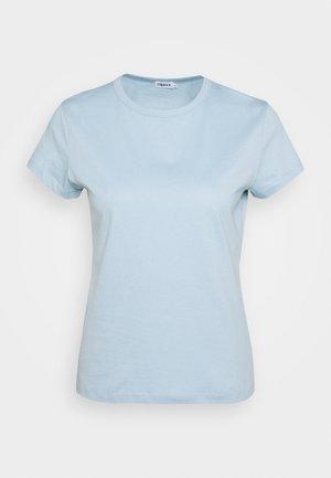 FLARED CAP SLEEVE - Jednoduché triko - pale blue