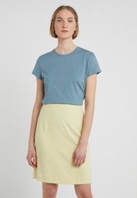 Filippa K - FLARED CAP SLEEVE - T-shirt basic - river - 0