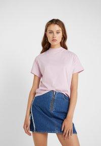 Filippa K - ALIX TEE - T-shirts basic - pink sky - 0