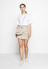 Filippa K - JANELLE TEE - Camiseta básica - white - 1