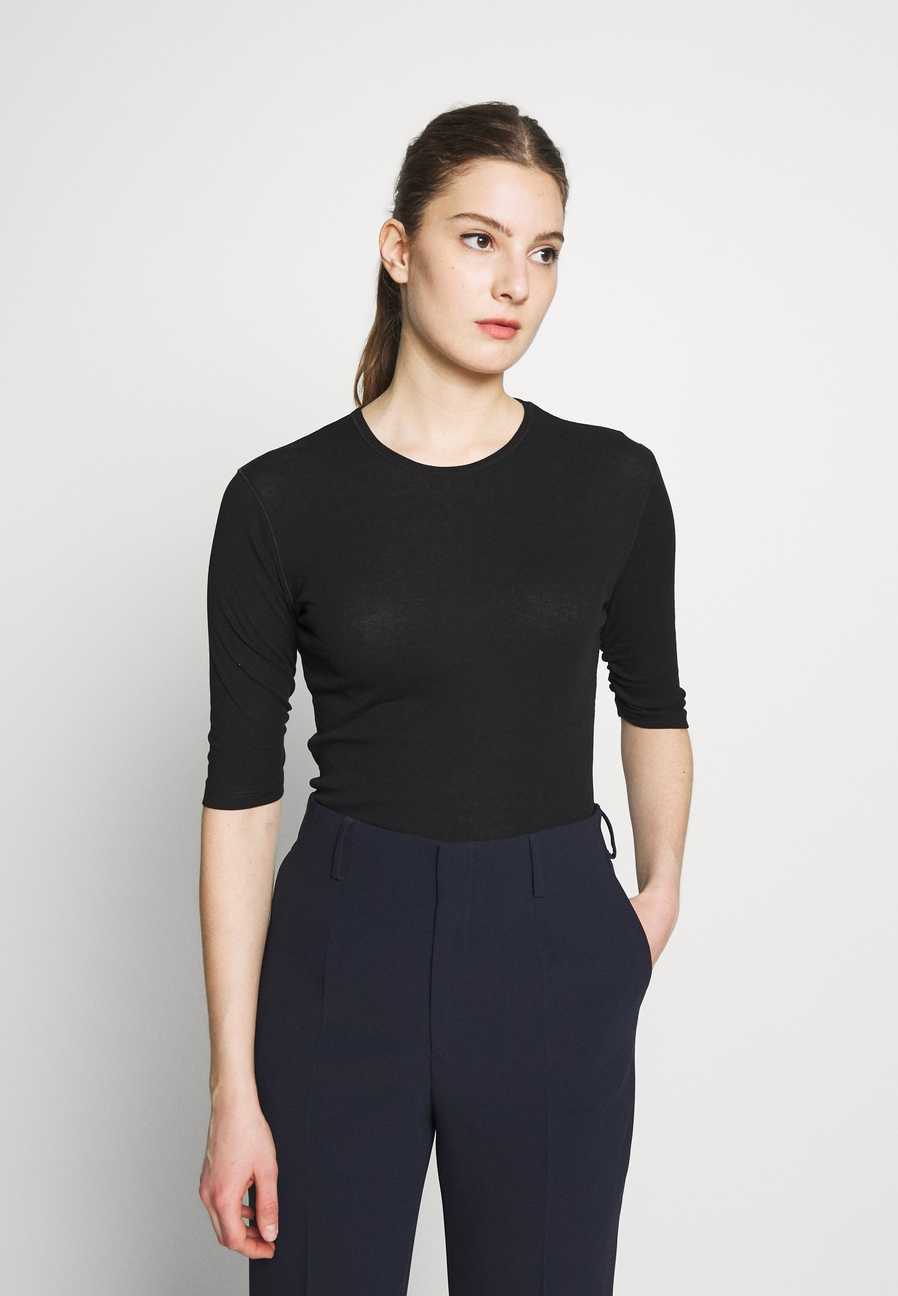 Filippa K JACQUELINE  - T-shirts - black