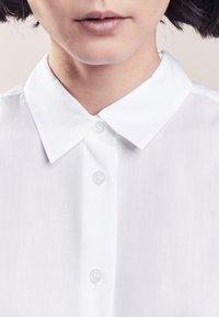 Filippa K - HIGH LOW - Skjortebluser - white - 3
