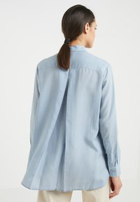 Filippa K - HIGH LOW - Button-down blouse - dusty blue - 2