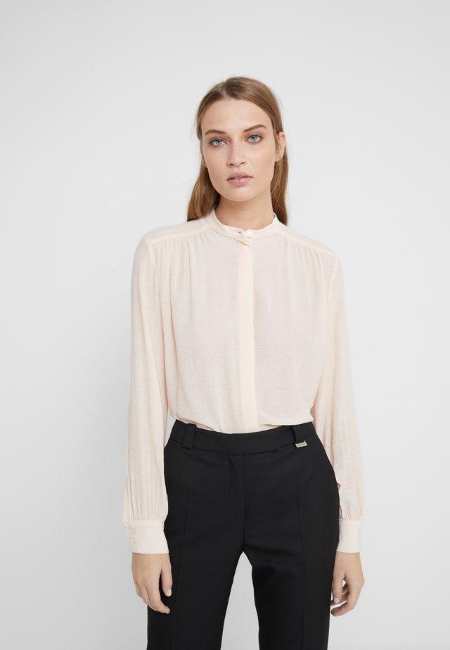 ALVA BLOUSE - Button-down blouse - champagne
