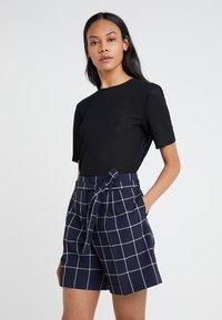 Filippa K - TEE - T-shirts - black - 0