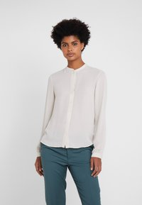 Filippa K - ADELE BLOUSE - Button-down blouse - ivory - 0