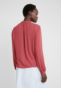 Filippa K - ADELE BLOUSE - Button-down blouse - raspberry - 2