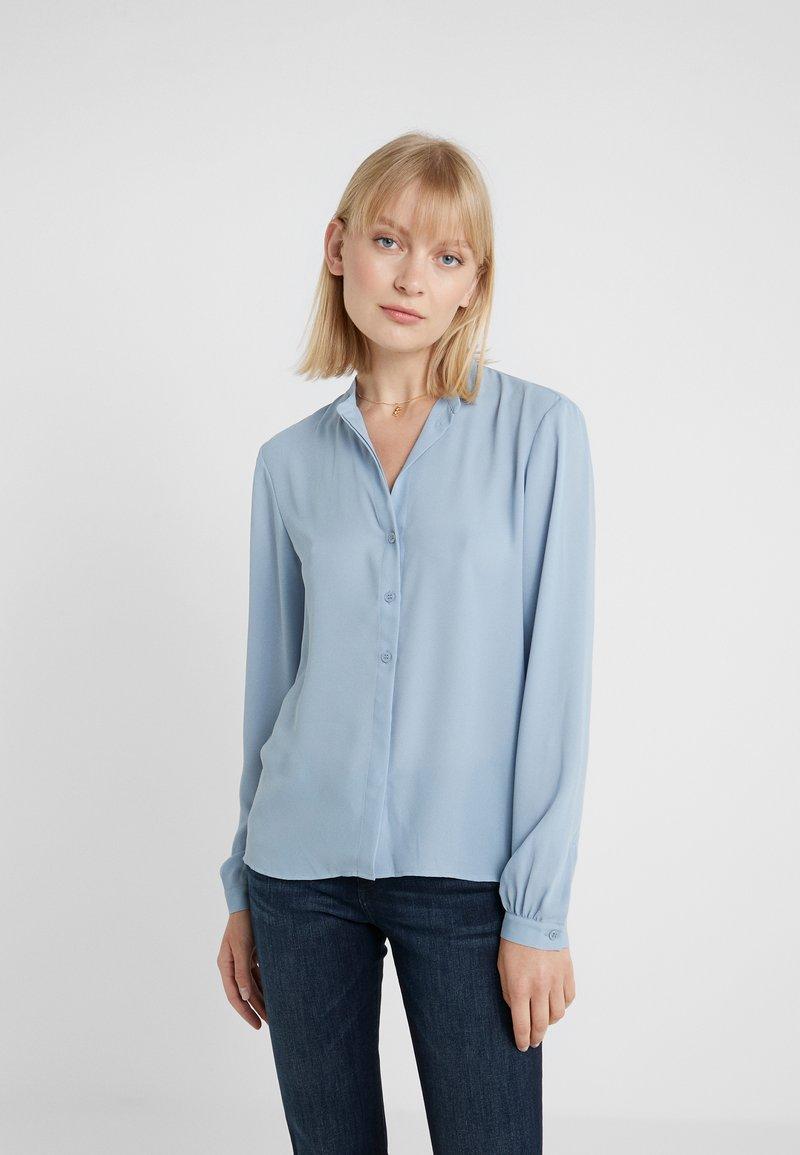 Filippa K - ADELE BLOUSE - Button-down blouse - frosty blu