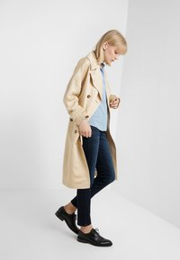 Filippa K - ADELE BLOUSE - Button-down blouse - frosty blu - 1