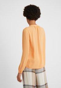 Filippa K - ADELE BLOUSE - Overhemdblouse - pale orange - 2