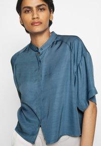 Filippa K - TAMMY - Camisa - blue heave - 6