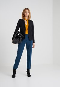 Filippa K - Blazer - black - 1