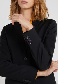 Filippa K - Blazer - black - 4