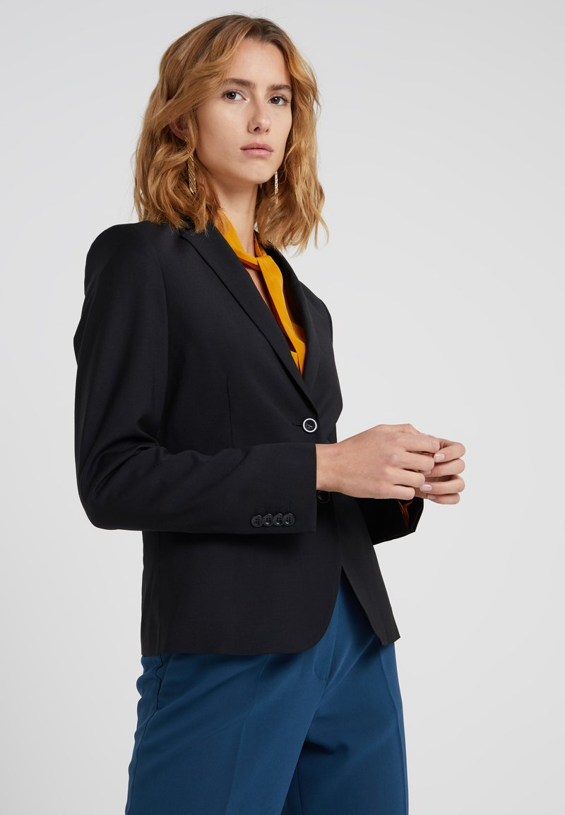 Filippa K - Blazer - black