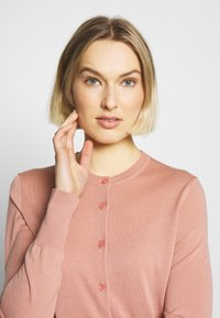 Filippa K - Vest - antique rose - 3