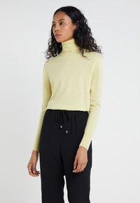 Filippa K - Jumper - wax - 0