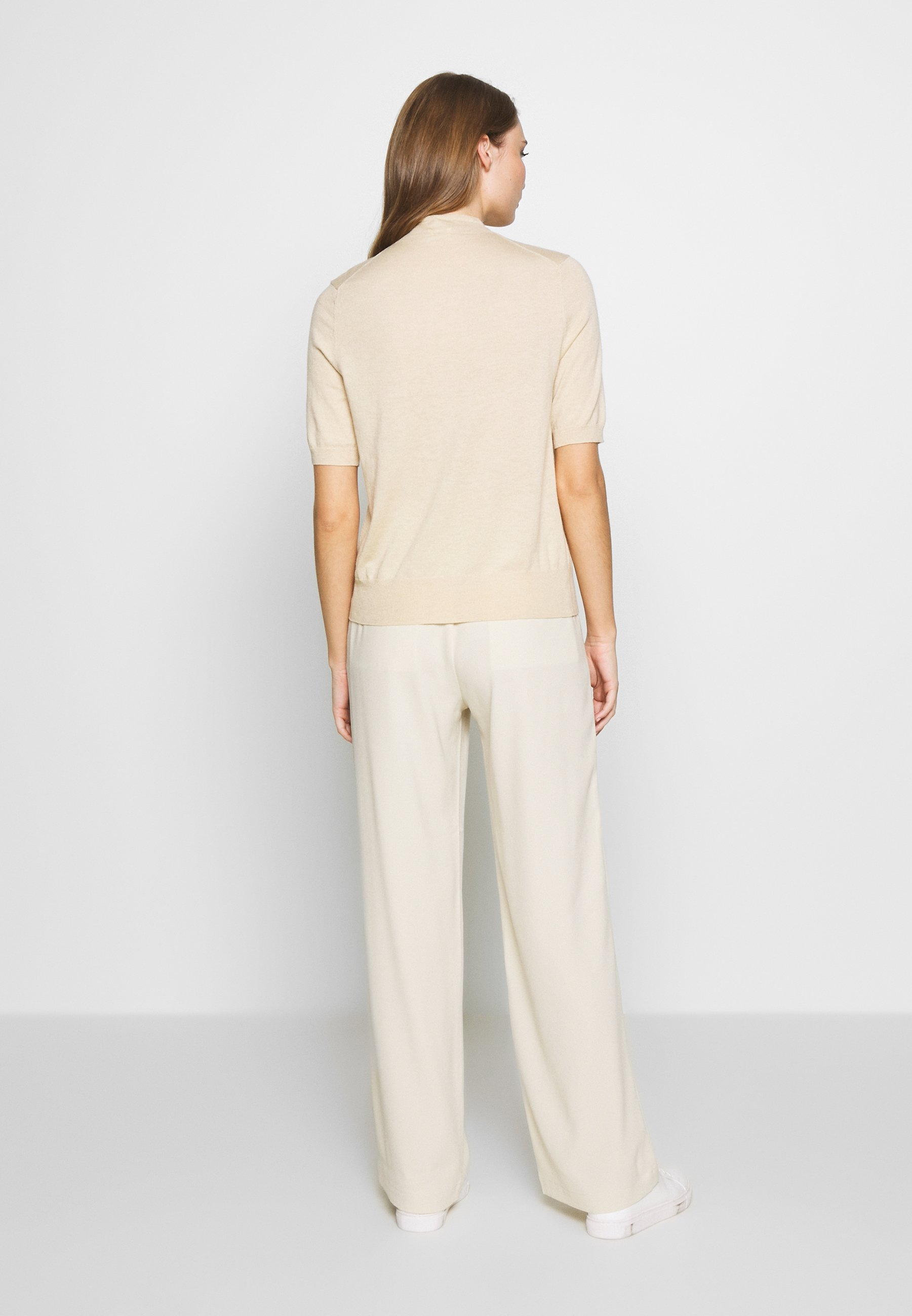 Filippa K EVELYN - T-shirts - ecru