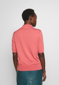 Filippa K - EVELYN - Basic T-shirt - pink cedar - 2