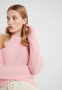 Filippa K - HEATHER - Sweter - taffy pink - 3