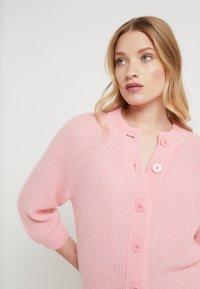 Filippa K - CHARLOTTE CARDIGAN - Cardigan - taffy pink - 3