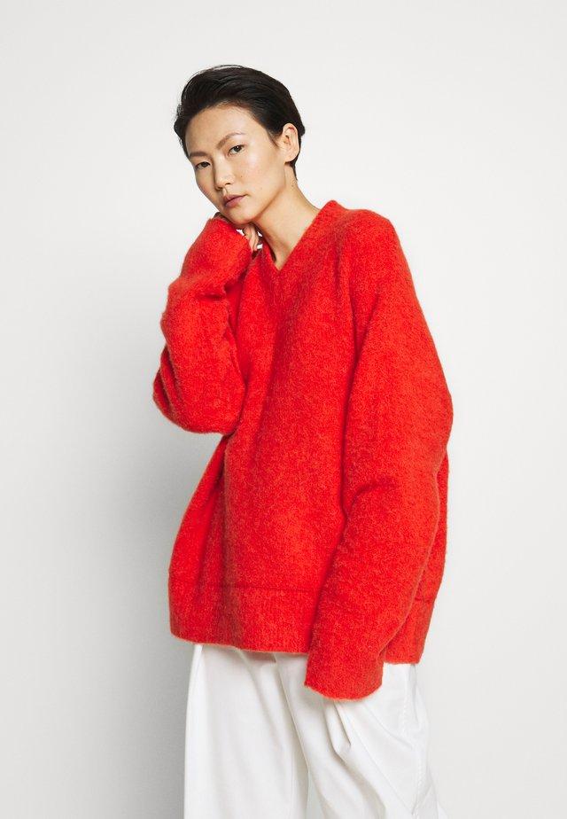 LAUREL - Stickad tröja - red/orange