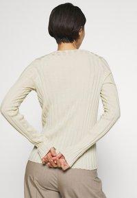 Filippa K - WENDY - Sweter - faded yell - 3