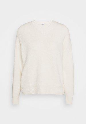 BEATRICE - Stickad tröja - off-white
