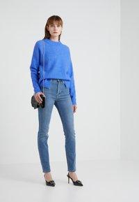 Filippa K - VICKY WASHED - Jeansy Slim Fit - mid blue - 1