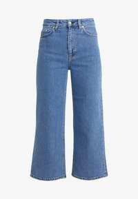 Filippa K - LAURIE WASHED - Flared jeans - mid blue - 3