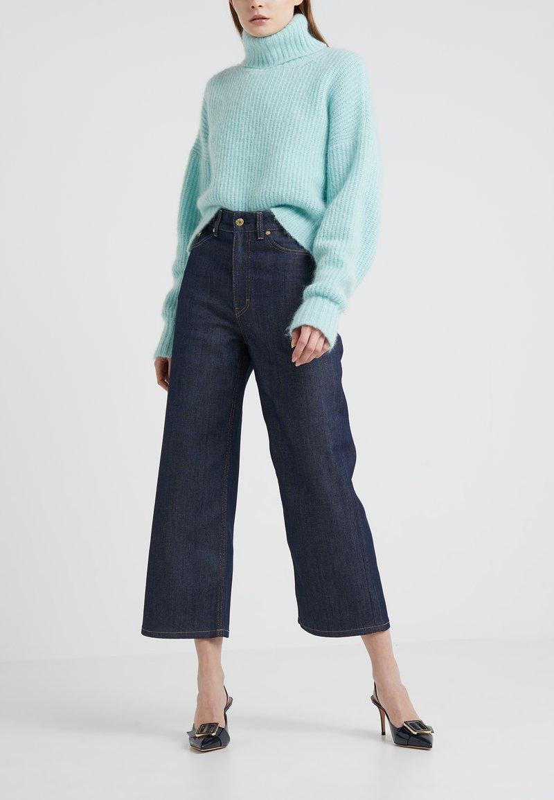 Filippa K - LAURIE RAW - Flared Jeans - dark blue