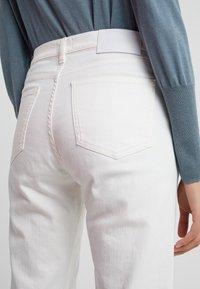 Filippa K - TAYLOR JEAN - Jeans Slim Fit - white - 4